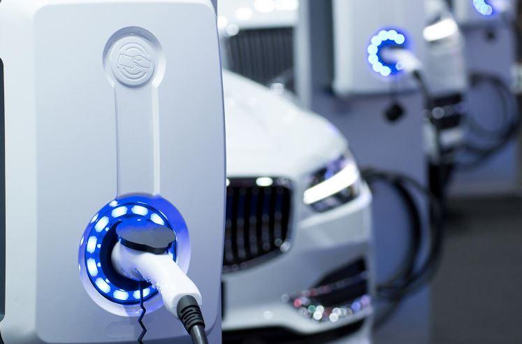 10 tüketiciden 4'ü elektrikli araç almayı planlıyor