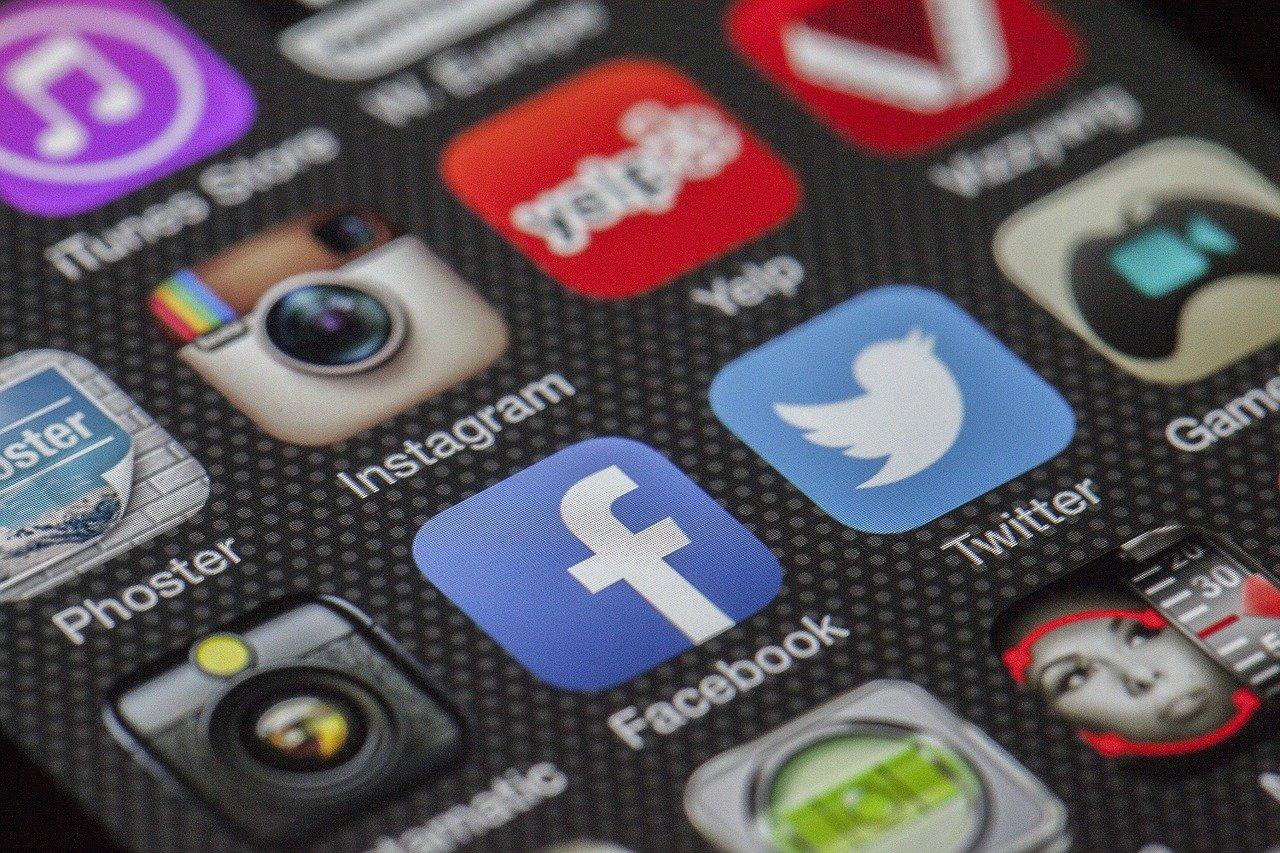 Sosyal medyada hakaretli içerik paylaşanların başı dertte