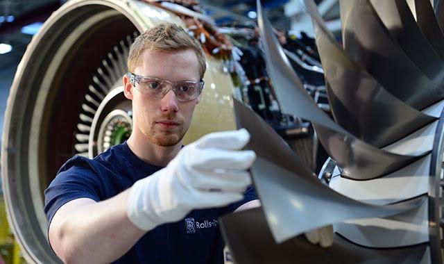 Rolls-Royce 100. Pearl 15 Motorunu Bombardier'e teslim etti